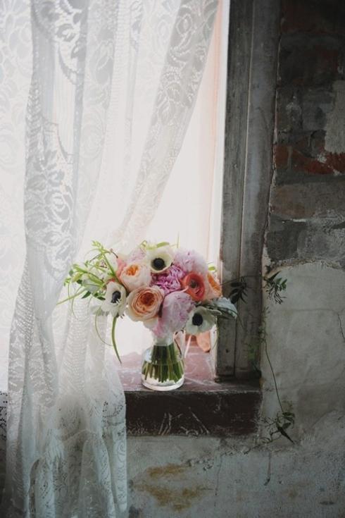 Laceandflowers
